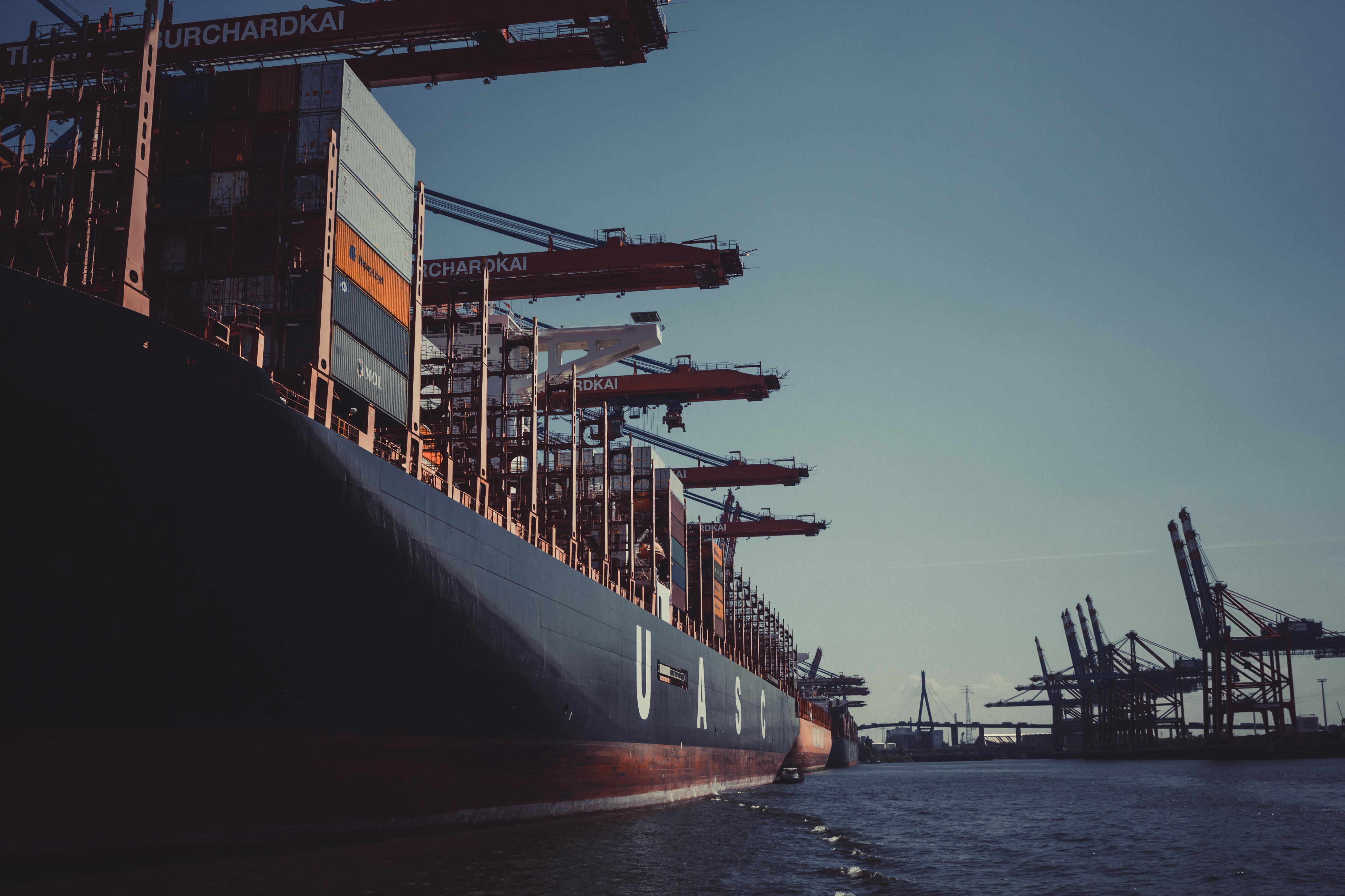 突破31万亿元!2019年进出口规模创新高,12月进出口双双高增